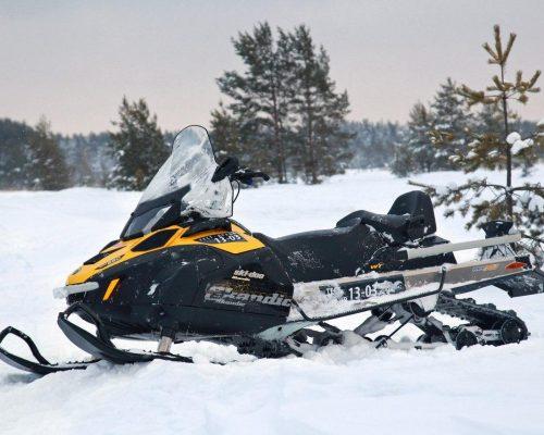 прокат снегоходов на база Зурбаган,прокат снегоходов на красноярском море,